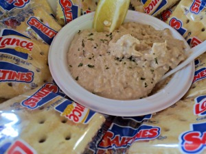Boathouse tuna dip