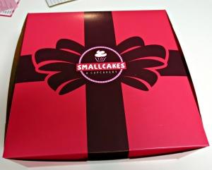 Small cakes box
